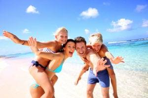 Förhindra Hudcancer - En familj i solen